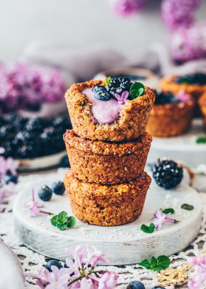 Granola Cups mit Blaubeeren und Joghurt (Frühstück Vegan)