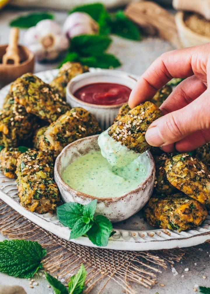 Veggie Nuggets mit Minz-Dip
