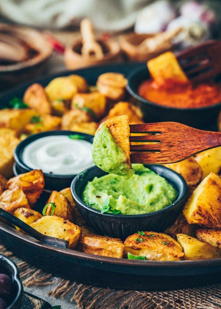 Ofen-Kartoffeln mit Guacamole