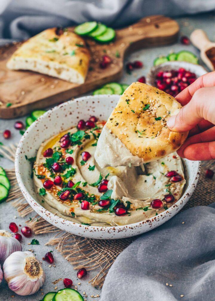 Baba Ganoush aubergine dip with flatbread