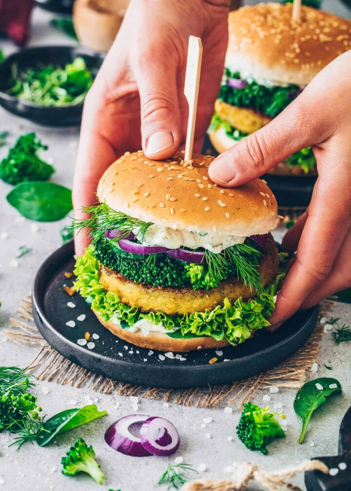 Broccoli Burger with veggie fritters, lettuce, onion, dill, cress and remoulade sauce