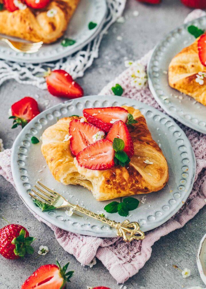 Vegan Danish pastry with Vanilla Custard and Strawberries